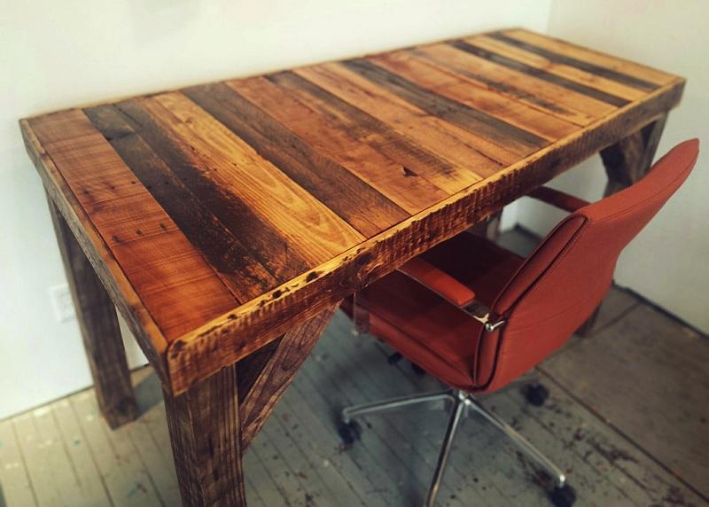 35 Pallet Desk