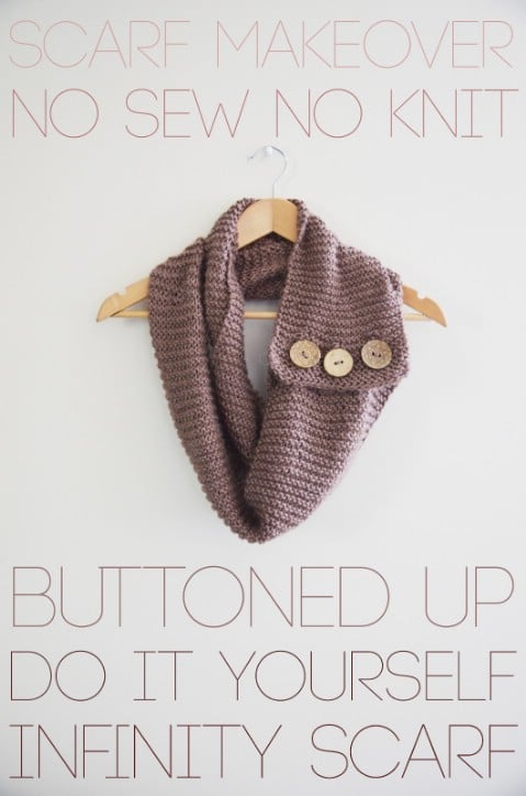 40 Buttoned Infinity Scarf