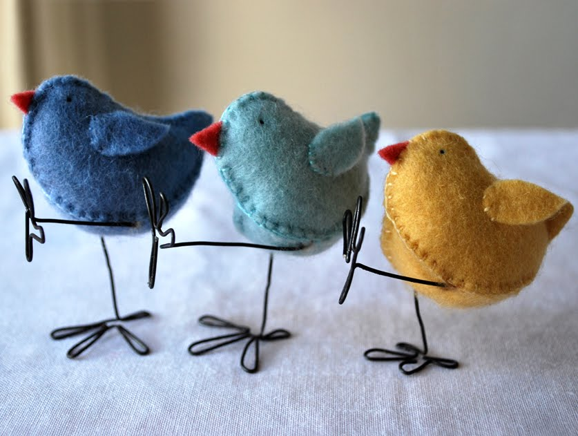 6 Adorable felt Easter chicks with wire legs