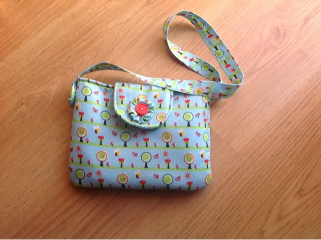 6 Simple Purse With a Flap