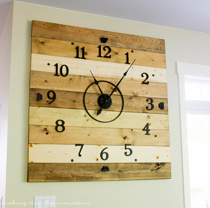 70 Rustic Wood Plank Clock
