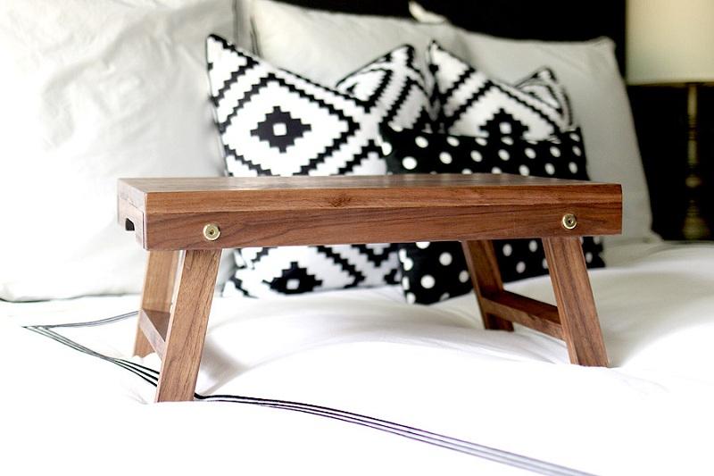 71 Folding Lap Desk