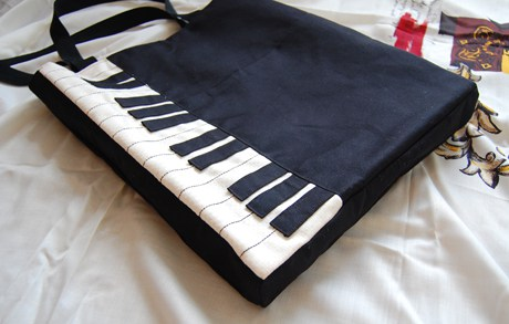 8 Piano Inspired Tote
