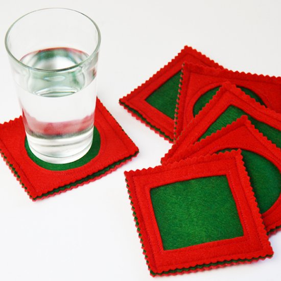 1 Simple Christmas felt coasters