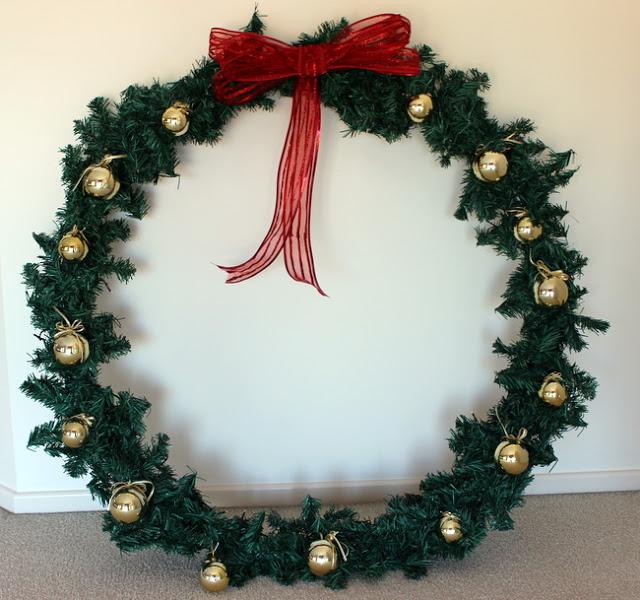 12 Giant Christmas Wreath