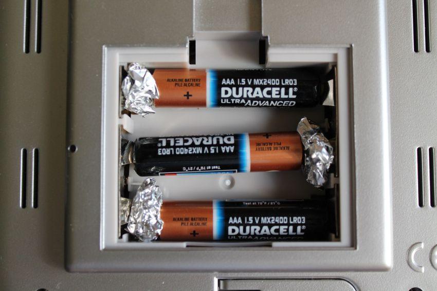 30 Fixes loose batteries