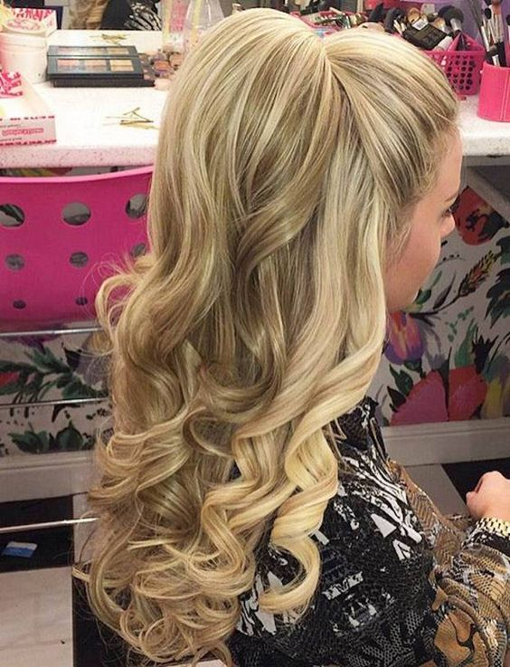 60 Stunning Half Ponytail Hairstyles That You Will Love - Page 42 - Foliver blog