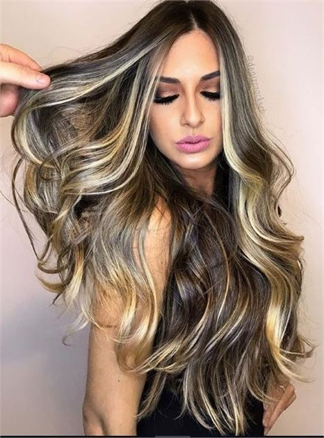 28 Gorgeous Balayage Hair Dark Color Ideas; balayage hairstyles; balayage highlights; balayage hair color; balayage hair blonde