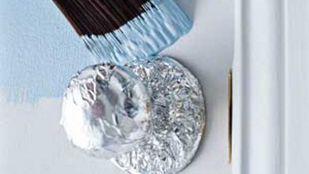 8 Protect your wall and door handles while painting using aluminum foil