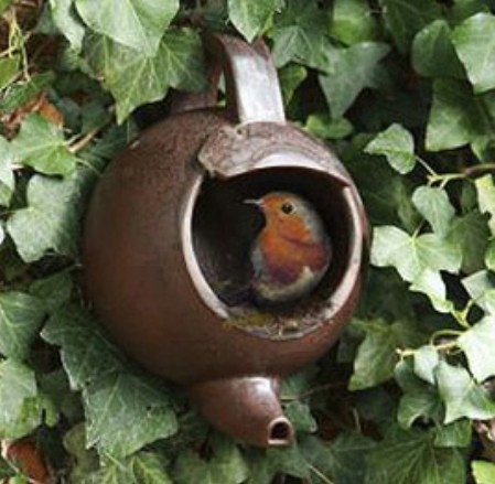 14 Make a Really Cute Bird Feeder from Teapot