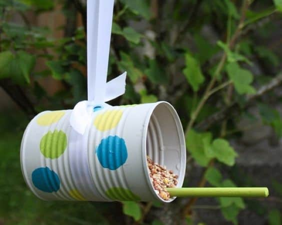 22 Tin Can Feeder