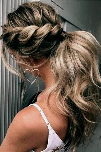 27 curly ponytail hairstyles
