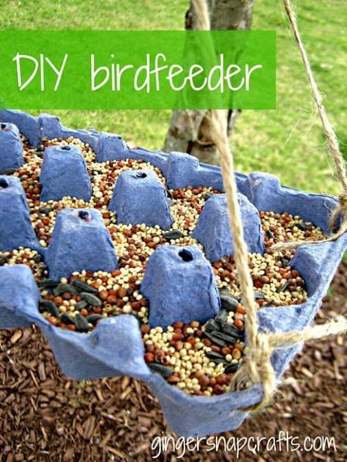 33 Egg Carton Bird Feeder
