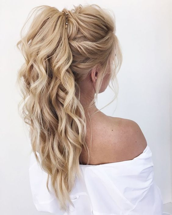4 curly ponytail hairstyles
