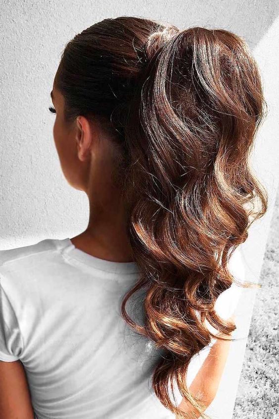 9 curly ponytail hairstyles