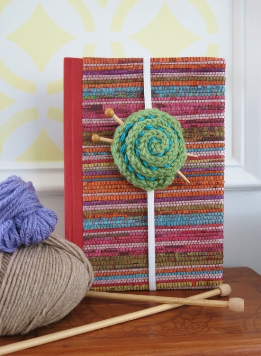 1 Easy Yarn Ball Bookmark