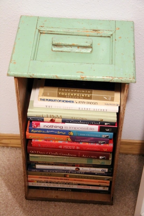 10 Old Drawer Bookcase