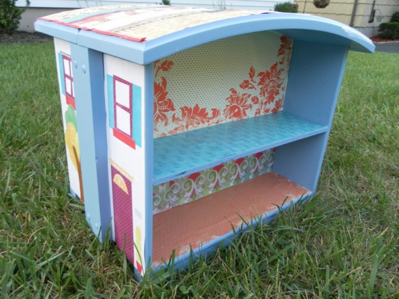 12 Dollhouse out of Drawers