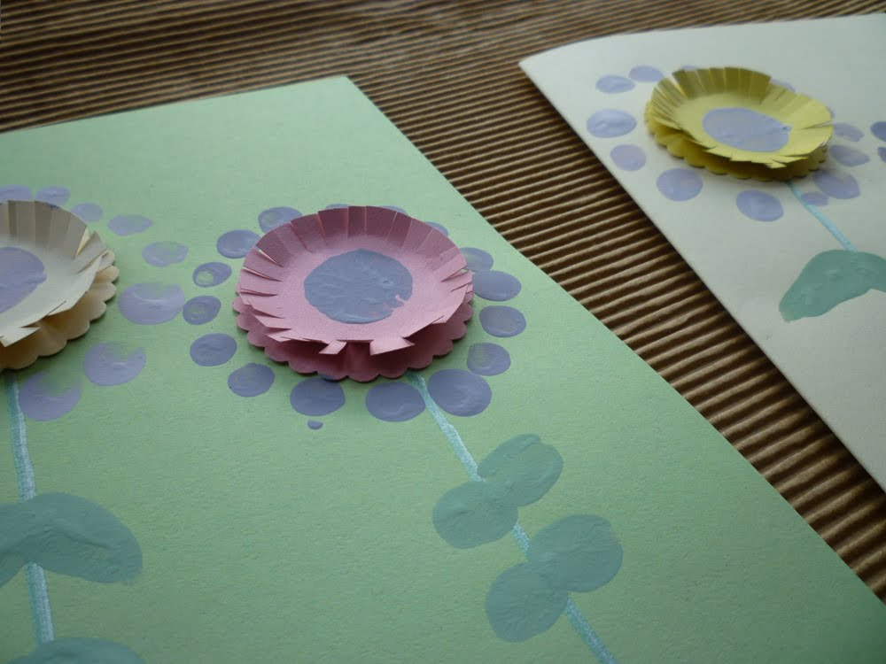 13 Finger print flower cards