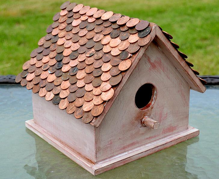 15 DIY Birdhouse With Penny Roof