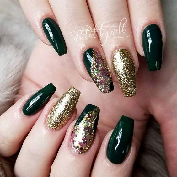 15 Emerald Green Nails