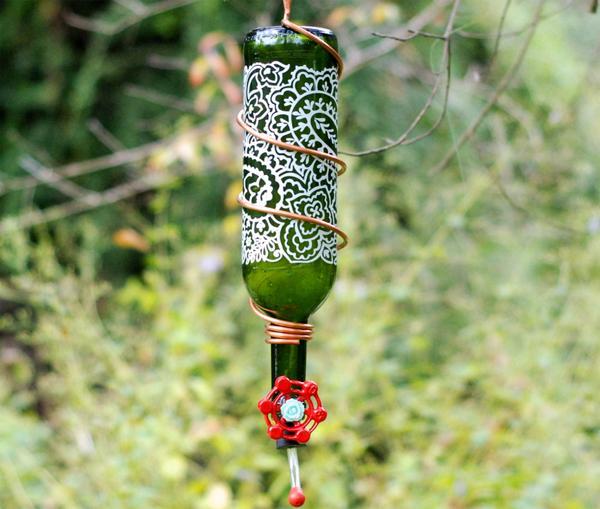 15 Wine Bottle Hummingbird Feeder