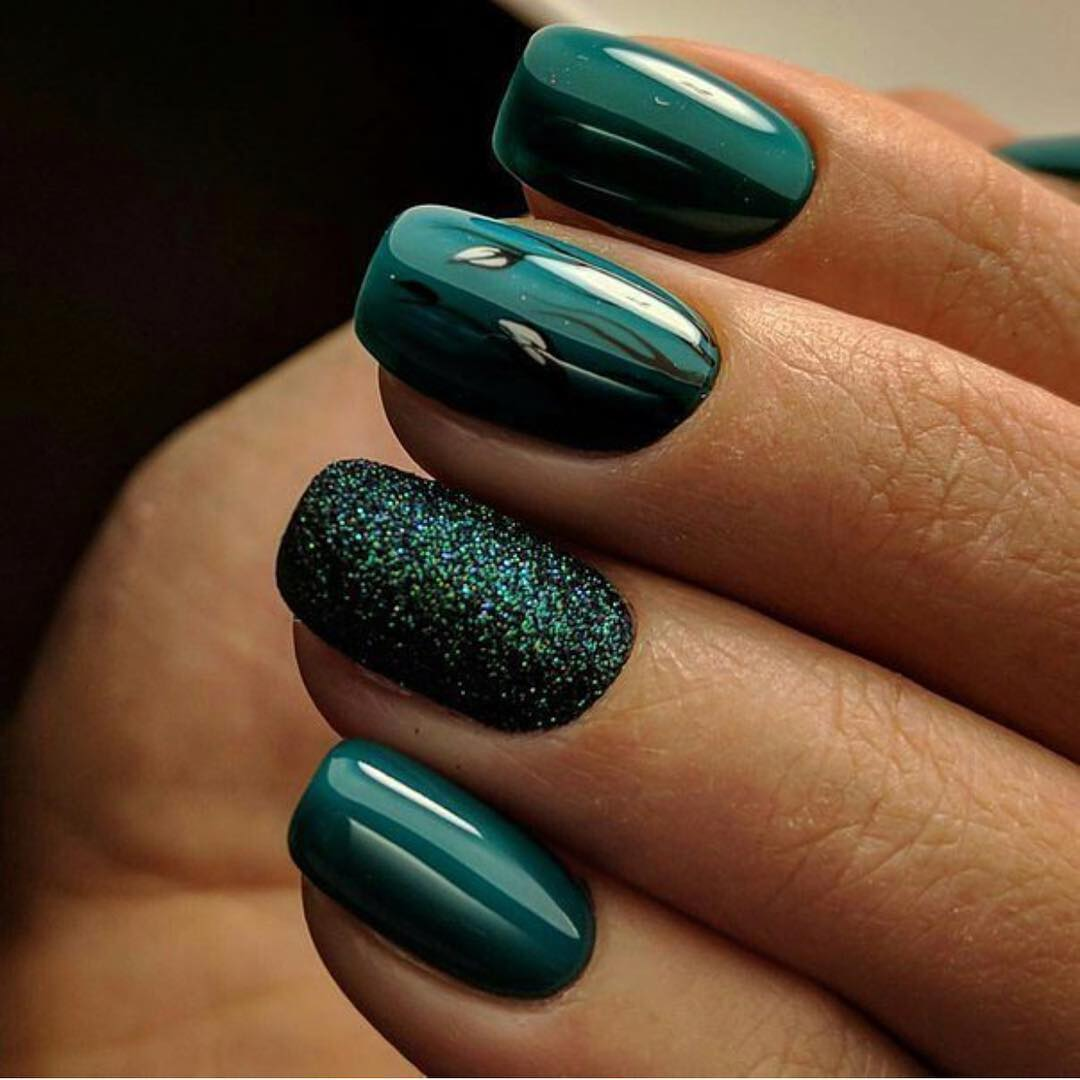 19 Emerald Green Nails