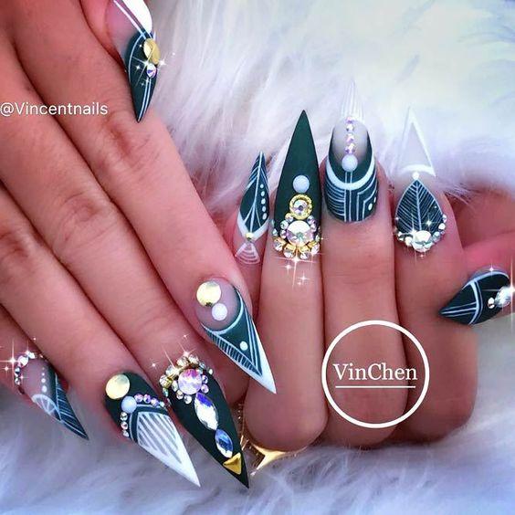 20 Emerald Green Nails