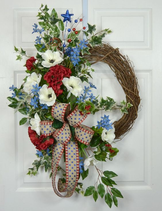 22 Patriotic Memorial Day 4th of July Floral Wreath