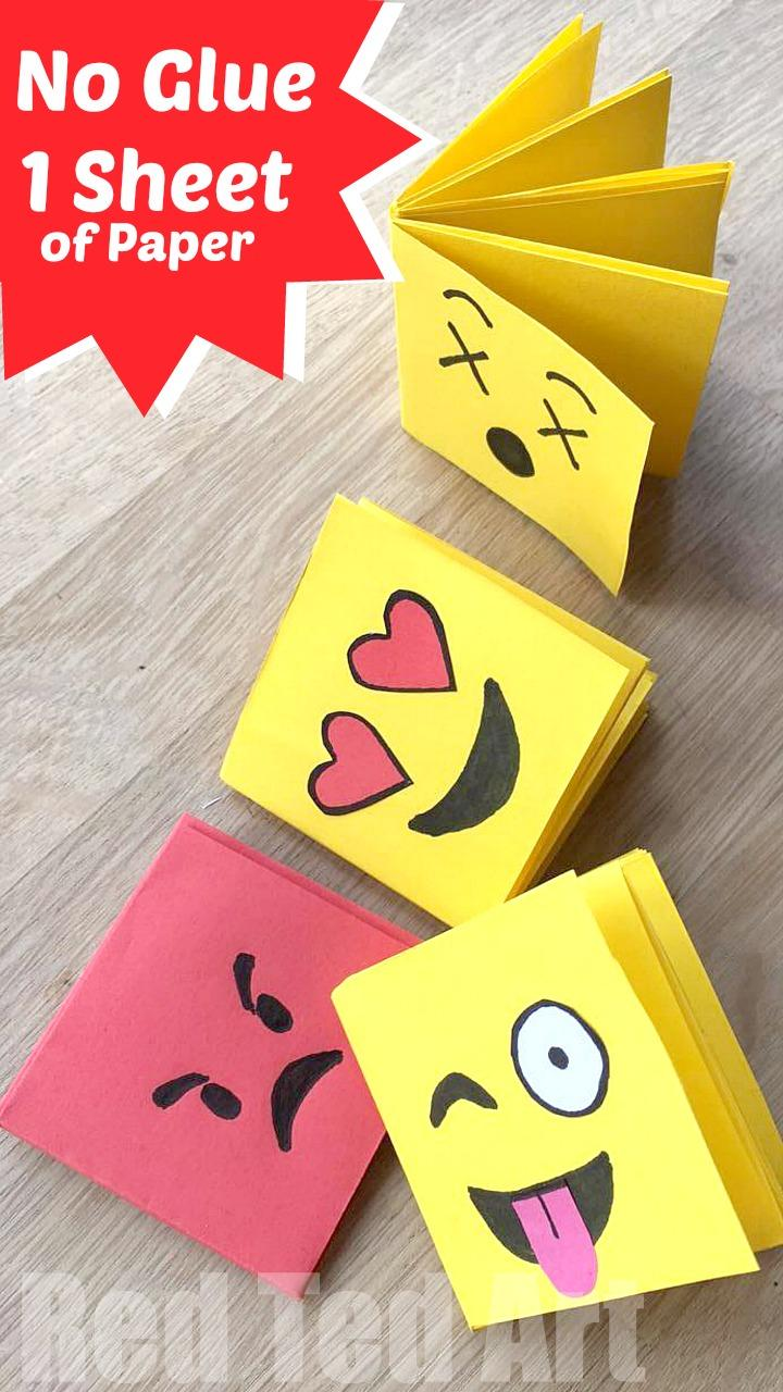 23 Emoji Mini Notebook DIY