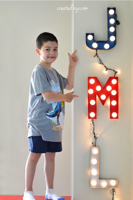 26 Ping Pong Ball Marquee Lights