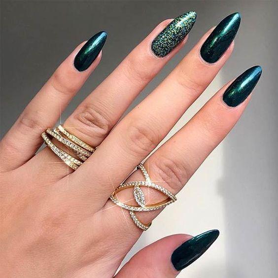 3 Emerald Green Nails