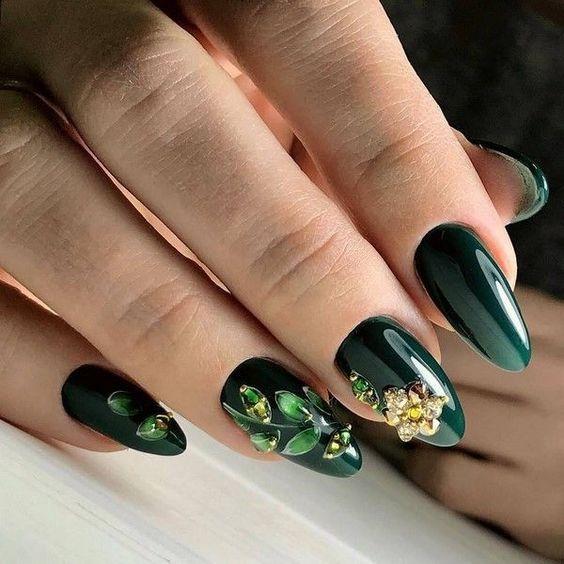 40 Gorgeous Emerald Green Nail Art Designs \u2013 Page 32