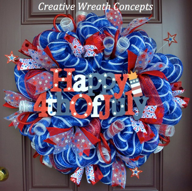 32 Happy 4th of July Wreath