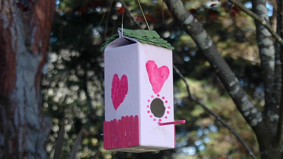 36 The Cardboard Milk Carton Birdhouse