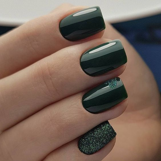 38 Emerald Green Nails