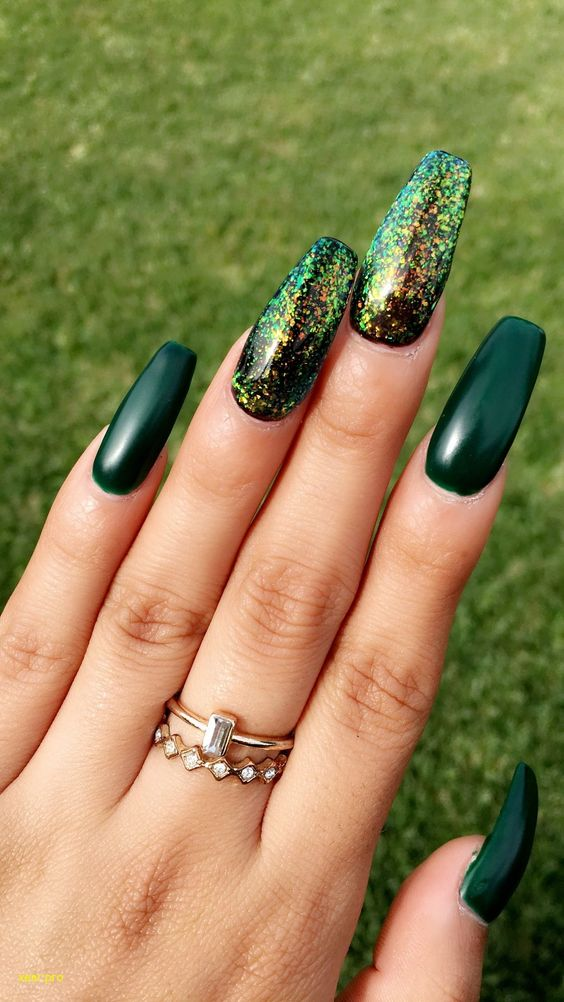 4 Emerald Green Nails
