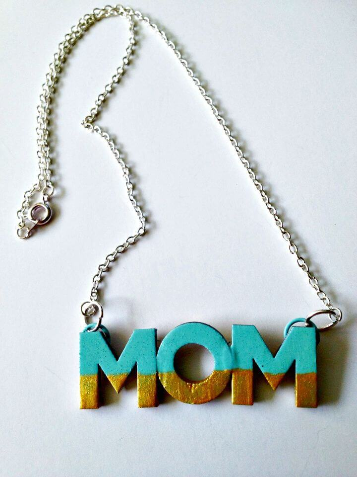 41 Quick DIY Mothers Day Necklace