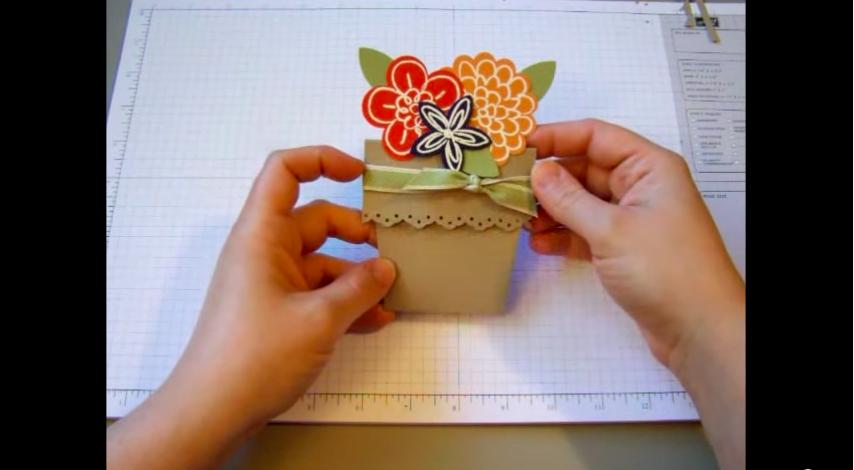 5 Pretty paper flower pot