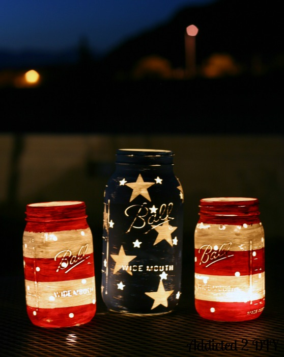 6 Patriotic Mason Jar Lanterns