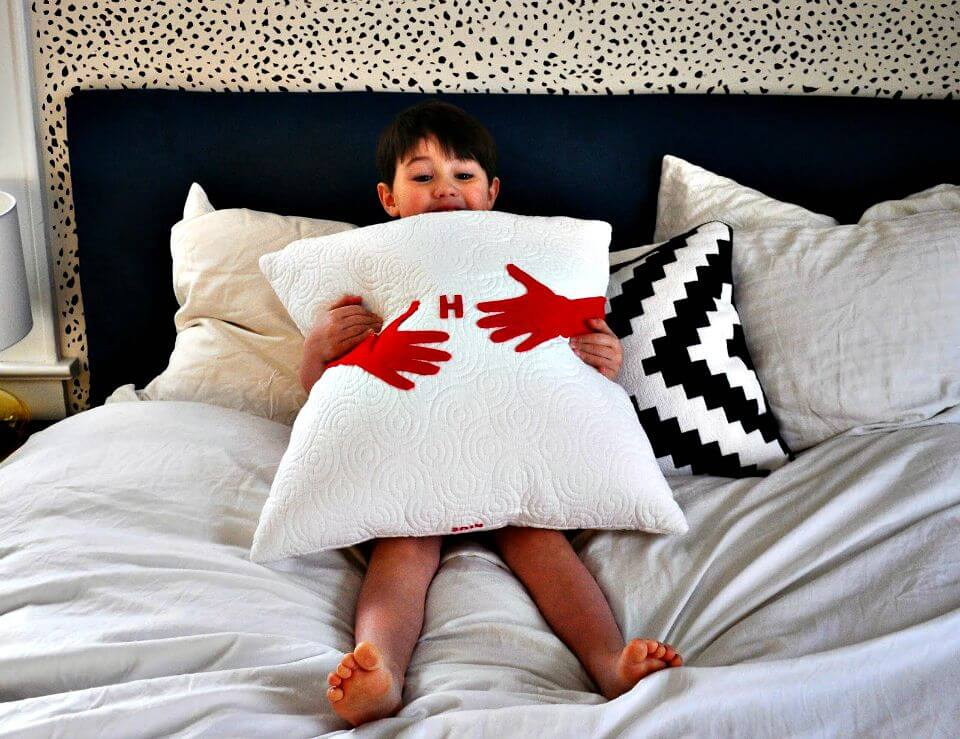 64 DIY Hug Pillow For A Mom
