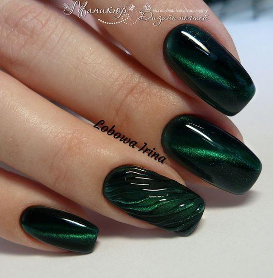 8 Emerald Green Nails