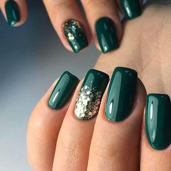 9 Emerald Green Nails