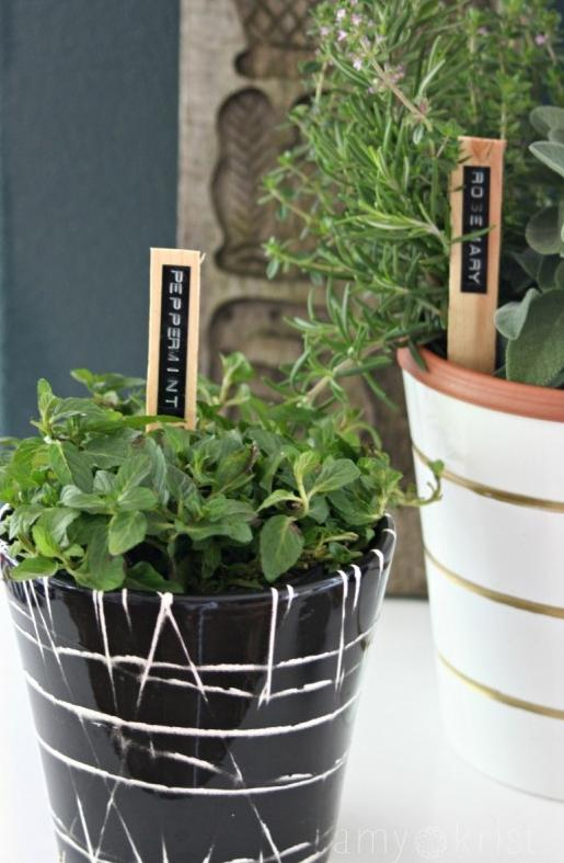 14 Modern and Minimalist Plant Markers