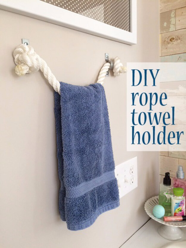 34 A Heavy-Duty Towel Holder Made of Rope