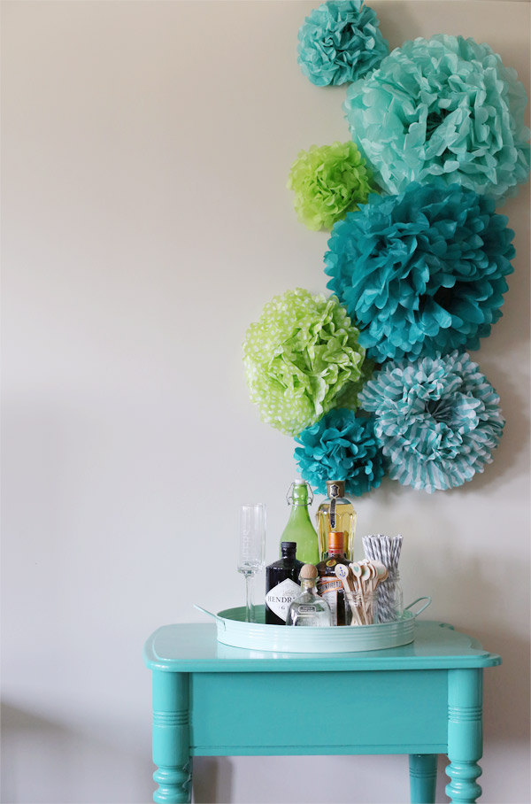 5 Backdrop Made with Tissue Paper Pom Poms