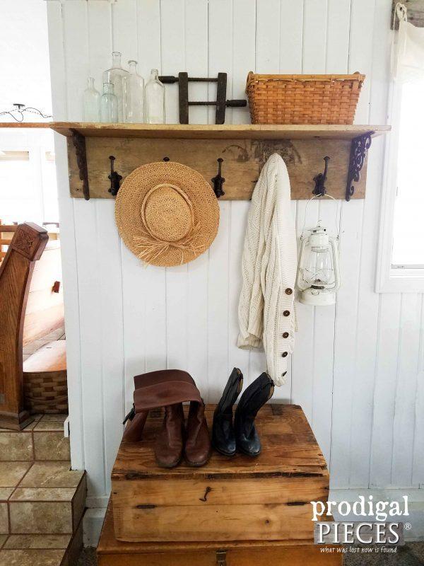 50 Farmhouse Style Coat Rack