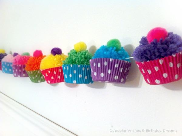 6 Honeycomb Pom-Poms