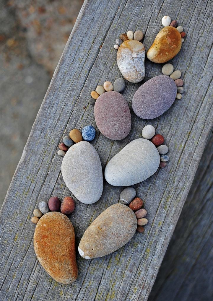 7 Stone Footprints