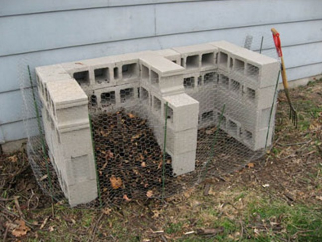 11 Compost Bin